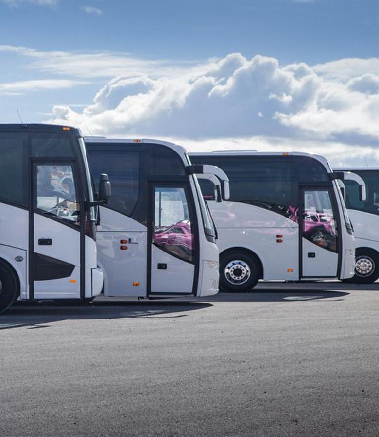 广州班车租赁有哪些优势?大巴公司班车租赁的优点-嘟嘟巴士
